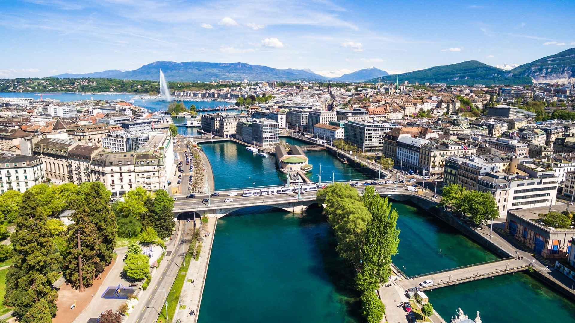 Rent a Luxury Car in Geneva