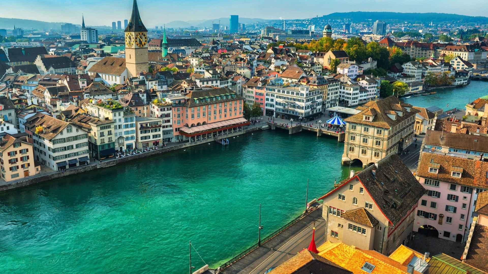 Rent a Luxury Car in Zurich